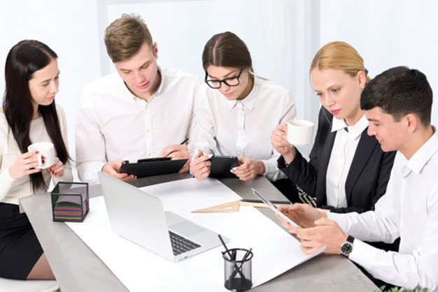 Etkin takım kurma, yönetme ve takımdaşlık eğitimi