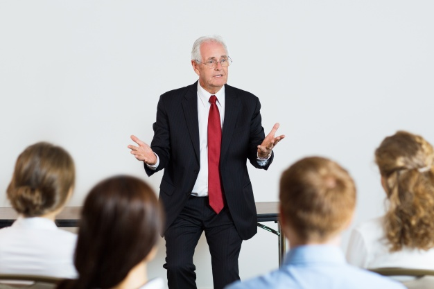 Şirketlerde Kurumsallaşma ve Kurumsal Kimlik Oluşturma Eğitimi