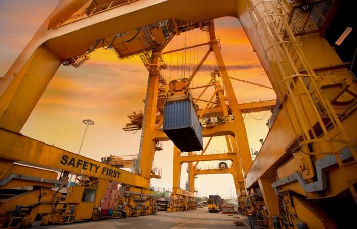 Dış Ticaret ve Yapılandırılmış Dış Ticaret Eğitimi